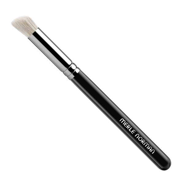 Makeup Artistry Face #8 Brush (Angled Concealing)