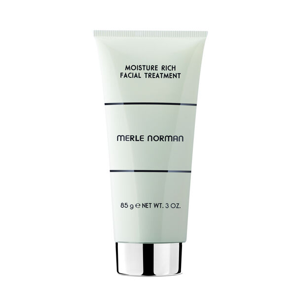 moisturizing facial treatment